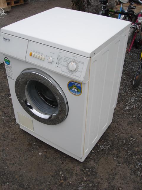 miele w 822 novotronic duett wei waschmaschine frontlader w822 lieferung ebay. Black Bedroom Furniture Sets. Home Design Ideas