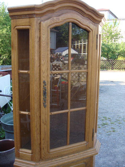 eckvitrine vitrine ecke eiche rustikal wandschrank sammelvitrine glasvitrine ebay. Black Bedroom Furniture Sets. Home Design Ideas