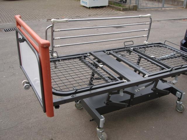 Bett metallbett krankenhaus pflegebett rehabett - Bett mit seitenwand ...