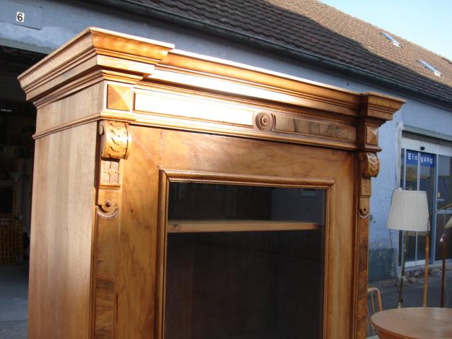 vitrine gr nderzeit schrank weichholz furniert glas mit schublade 1880 lieferung ebay. Black Bedroom Furniture Sets. Home Design Ideas