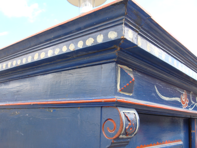 kleiderschrank bauernschrank blau bemalt weichholz massiv. Black Bedroom Furniture Sets. Home Design Ideas