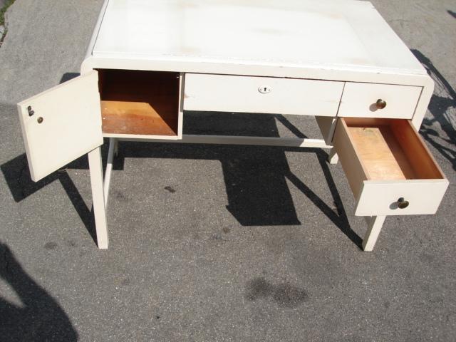 schreibtisch wei massiv antik art deko 20 jahre. Black Bedroom Furniture Sets. Home Design Ideas