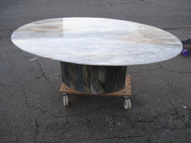 Marmortisch wohnzimmertisch tisch oval marmor ebay for Wohnzimmertisch oval