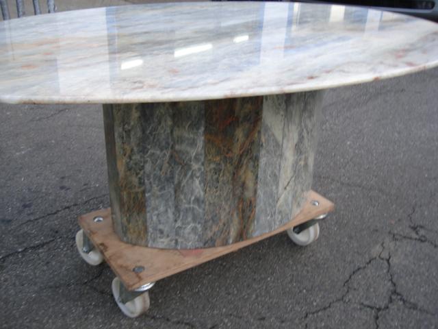 Marmortisch wohnzimmertisch tisch oval marmor ebay for Marmor wohnzimmertisch